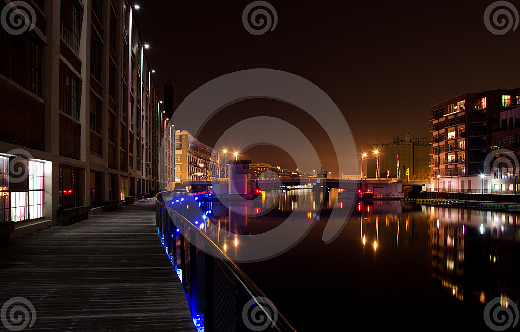 Stock Photo: Evening On The Milwaukee River