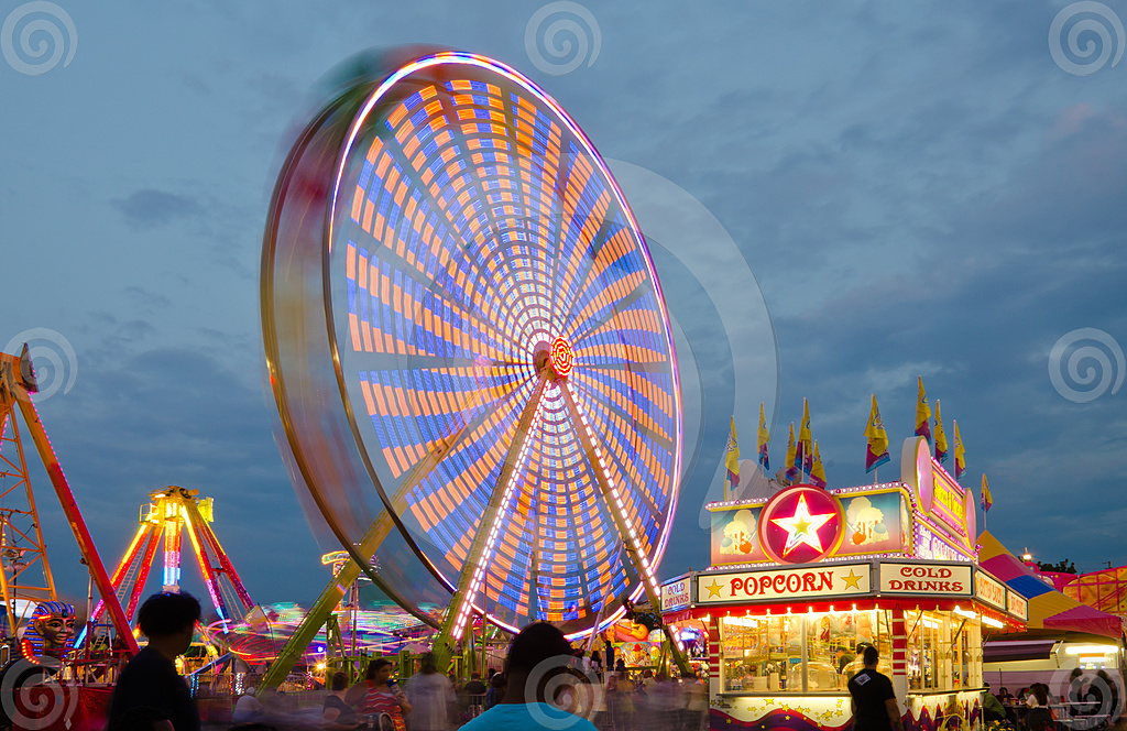 Stock Photo: Ferris Wheel 2